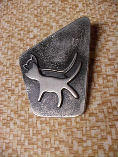 Vintage 60s Modern Metal Swedish Sweden CAT Reflection Mirror Image Pin Brooch I Love Cats, Crazy Cats, Heavy And Light, Cat Bag, Cat People, Cat Jewelry, Mirror Image, Metal Art, Cats And Kittens