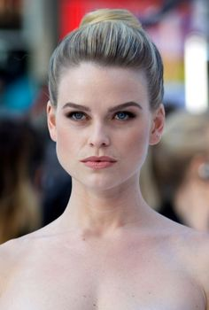 Alice Eve signs as new face of Charles Worthington - Fashion One News