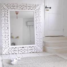 Medium Ghost - Mirrors | The Sleep Room