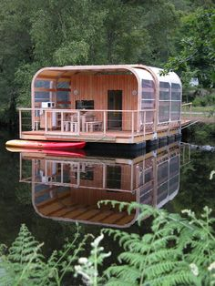 The Boathouse: a new definition to lakefront living! Pontoon Houseboat, Houseboat Living, Floating Architecture, Architecture Design, Haus Am See, Water House, Getaway Cabins, Diy Boat, Dome House