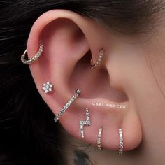 Pretty Ear Piercings, Ear Peircings, Types Of Ear Piercings, Multiple Ear Piercings, Body Piercings, Female Piercings, Tongue Piercings, Innenohr Piercing, Smiley Piercing