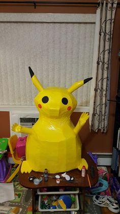 Pikachu Pinata, Character, Lettering