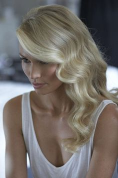Soft structured waves for a beautiful bridal hair style.