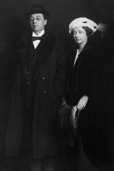"Wassily Kandinsky - Photos - ""with Gabriele Munter"", 1916"