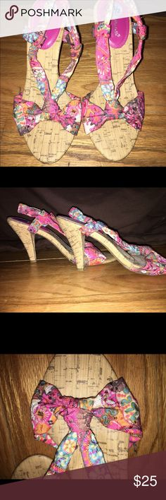 "Casual cork Pink fabric with design for straps and a cork heel and base. 3""-3.5"" heel. Size 7.5 but fits snug so would be better for a 7 shoe size Anne Michelle Shoes Heels"