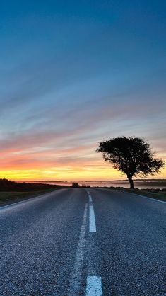Hdr Road iPhone 5 Wallpaper. #iPhone #wallpaper