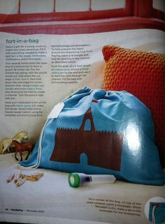 Kid gift- DIY fort - Knitting Projects for Kids Diy Gifts For Kids, Diy For Kids, Diy Fort, Family Fun Magazine, How To Make Paint, Family Gifts, Homemade Gifts, Projects For Kids, Knitting Projects