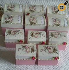 Diy Furniture Painting - New ideas Decoupage Vintage, Decoupage Box, Hobbies And Crafts, Diy And Crafts, Paper Crafts, Shabby Boxes, Diy Plaster, Custom Stencils, Pretty Box