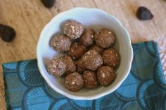 Get Figgy With It Energy Balls Healthy Protein Bars, Protein Bar Recipes, Vegan Gluten Free, Vegan Vegetarian, Health And Nutrition, Health And Wellness, Energy Balls, Nutribullet, A Food