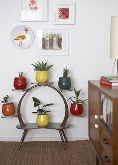 Get inspiration for your work in progress: a new home decor project! Find out the best midcentury inspirations for your interior design project at http://essentialhome.eu/