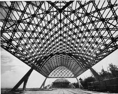Eight Airplane Hangars in Reinforced Concrete : Orvieto, Orbetello and Torre del…