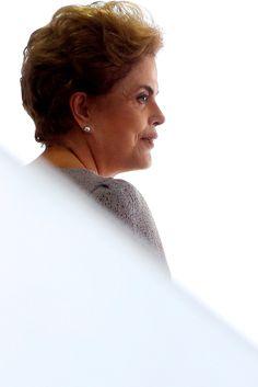 Posso ter cometido erros, mas não cometi crimes, afirma Dilma Rousseff após ser afastada da Presidência da República