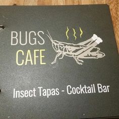 Per cena? Menù speciale  #cambogiaviaggi #insetti #bugs #foodporn #ciboalternativo #turismoresponsabile #turismosostenibile #incontroautentico #wanderlust #travelgram #siemreap http://ift.tt/1W8GFf1