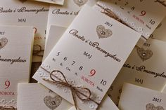 Wyczarowane z papieru: zaproszenia na ślub