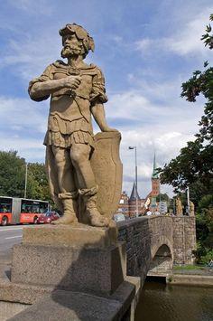 Lübeck - Puppenbrücke