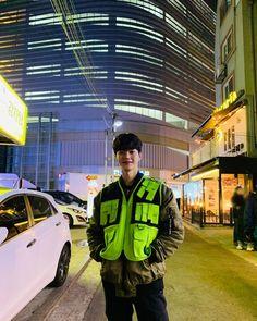 Song Kang is about to greet with another production again.Rookie actor Song Kang who made his debut Song Kang Ho, Sung Kang, Asian Celebrities, Asian Actors, Drama Korea, Korean Drama, Liar And His Lover, K Drama, Suwon