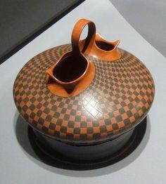 Mata Ortiz, potter unknown Pottery Bowls, Ceramic Bowls, Ceramic Pottery, Pottery Art, Ceramic Art, Earthenware, Stoneware, Wedding Vases, Mexican Art