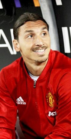 """Zlatan Unplugged Not a very convincing performance by Man United in the first half against a struggling Northampton. What did you talk about in the dressing room before the second half after """"only"""" getting in the first? Zlatan: That we should not. Man United, Dream Guy, Football Players, Manchester United, Two By Two, Polo Ralph Lauren, Bomber Jacket, The Unit, Guys"""