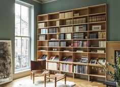 Brownstone in Boerum Hill, Brooklyn. Cabinetry and bookshelves by WORKSTEAD. Traditional Bookshelves, Modern Kitchen Renovation, Interior Architecture, Interior Design, Bookshelves Built In, Bookcases, Home Libraries, House On A Hill, Minimalist Home