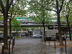 #Paris #Metro La vie dans le #metroparisien : calvaire ou style de vie #routine