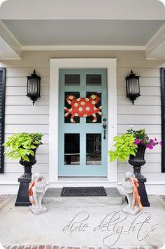 <3 front door style