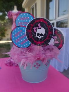 Cupcake toppers by Sylka's Creative Gifts on Etsy and utilized by party planner Souzan Guirguis in Dubai to throw a beautiful Monster High Birthday Party!
