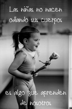 La anorexia es un desorden difícil de comprender para las personas que no lo padecemos, pero la dañina relación con la comida y el cuerpo ha llevado a millones de mujeres en el mundo a la muerte. Estas son algunas frases de personas que padecen de Anorexia que cambiarán tu percepción sobre esta...