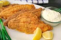 Classic Southern Fried Catfish in a crispy, seasoned coating with homemade tartar sauce! Preservative-free and delicious! Pan Fried Catfish, Fried Catfish Recipes, Southern Fried Catfish, Deep Fried Recipes, Easy Tartar Sauce, Homemade Tartar Sauce, Homemade Marinara, Seafood Recipes, Vegetarian Recipes