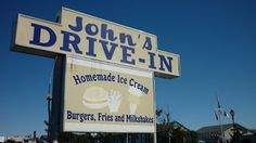 John's Drive-In (Restaurant) - Montauk, NY (CNT 10/08); cheeseburgers and milk shakes; 1960's style booths and fabulous ice cream