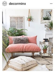 Gorgeous blush pink and cream colour palate in this living space. Love the small pink sofa, Moroccan pouf and beni ourain rug. The plants and macrame plant hanger add a boho vibe. So many plants! Sofa Design, Room Inspiration, Interior Inspiration, Interior Ideas, Rosa Sofa, Living Room Decor, Living Spaces, Living Rooms, Living Room Trends 2018