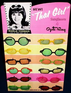Sunglasses atop her flipped hairdo were a hallmark of Ann Marie (Marlo Thomas) in That Girl.