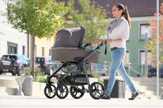 Für einen unbelasteten Start ins Leben: Der Öko-Kinderwagen Lux verbindet natürliche Materialien mit höchsten Ansprüchen an Design, Style, Funktionalität und Fahrkomfort. Baby Strollers, Children, Design, Baby & Toddler, Kids Wagon, Life, Baby Prams, Young Children, Boys