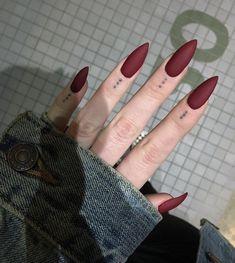 Cute Acrylic Nails 842595411519532544 - 36 Romantic Red Acrylic Nail Art 2019 Nobel aussehen – Today Pin 36 Nail Art Acrylique Rouge Romantique 2019 Nobel Aussehen – – Source by inorahtraurstun Almond Acrylic Nails, Cute Acrylic Nails, Acrylic Nail Designs, Nail Art Designs, Acrylic Art, Nails Design, Pastel Nails, Almond Nails, Dream Nails