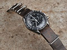 Bulang & Sons Hand-made Vintage Leather Strap 20 mm on Omega Speedmaster Best Watches For Men, Cool Watches, Rolex Watches, Vintage Rolex, Vintage Watches, Seiko, Mens Watch Brands, Speedmaster Professional, Next Gifts