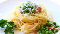 Easter nest with pasta sweet peas and pancetta recipe (+playlist)