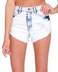 Blue Sky Denim Shorts (Classic 5-pocket bleached and distressed denim shorts, High waist)