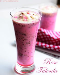 Easy and simple rose falooda recipe, with chia seeds (Sabja seeds) and vermicelli. Kinds Of Desserts, Indian Desserts, Indian Sweets, Indian Food Recipes, Indian Drinks, Indonesian Desserts, Simple Rose, Easy Rose, Falooda Recipe