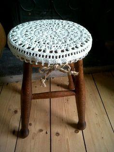 stool.jpg 480×640 piksel
