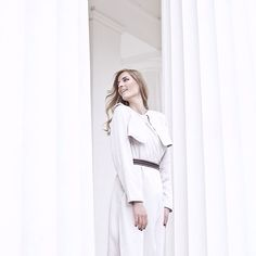 Our newest post is online! It's all about the trench coat! ✌️@hm #hm #hmaustria #trenchcoat #silk #organicmaterials #consciousexclusive #collection #wien #vienna #white #lifestyle #blog #blogger #fashionblog #volksgarten #streetstyle #style #editorial #belt #smile #hair #makeup #look #outfit #instafashion #vogue #elle #glamour #love  @liketoknow.it www.liketk.it/1k0GF #liketkit
