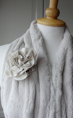 Fabric ROSE pin brooch by FAIRYTALE13 by FAIRYTALE13 on Etsy, $9.50