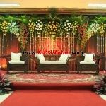 Set Kursi Pelaminan Ukir Jepara Model Jepara ini merupakan kursi mebel jepara… Curtains, Table Decorations, The Originals, Elegant, Model, Flowers, House, Furniture, Home Decor