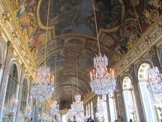 Versailles -- Hall of mirrors