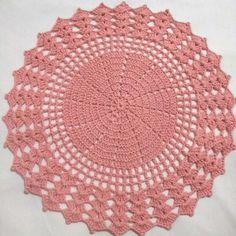 Crochet Table Runner, Rapunzel, Doilies, Crochet Hats, Toque, Flower, Crochet Hood, Crochet Round, Crochet Doilies
