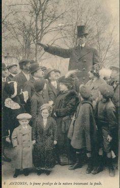 Sideshow tall man Antonin Cros postcard c. 1910.