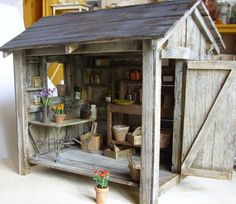Shed Plans - meuble de rempotage Marta Les Jardins - Now You Can Build ANY Shed In A Weekend Even If You've Zero Woodworking Experience! Miniature Plants, Miniature Rooms, Miniature Houses, Miniature Furniture, Dollhouse Furniture, Best Doll House, Doll House Plans, Potting Sheds, Fairy Houses
