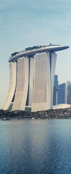 Top 10 Far East Destinations You Must Visit in Your Lifetime – Mary Andre Top 10 Far East Destinations You Must Visit in Your Lifetime Marina Bay Sands Hotel, Singapore Super interesting construction Unusual Buildings, Interesting Buildings, Amazing Buildings, Modern Buildings, Architecture Unique, Futuristic Architecture, Singapore Architecture, Hotel Design Architecture, Sands Hotel