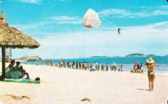 Playa de las Gaviotas y un Viaje en Paracaidas.  Mazatlan, Sinaloa, Mexico.