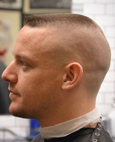 Army Flat Top - Best Military Haircuts For Men: Cool Short Military Fade Hairstyles For Guys To Get Short Sides Haircut, Side Haircut, Flat Top Haircut, Short Layered Haircuts, Oblong Face Hairstyles, Slick Hairstyles, Undercut Hairstyles, Medium Hair Cuts, Short Hair Cuts