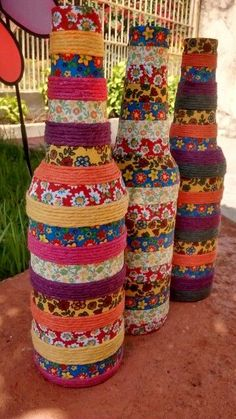 Each of these beer bottle handicrafts offer a tons of tips to re-use and reinvent this day-to-day item. Glass Bottle Crafts, Wine Bottle Art, Painted Wine Bottles, Diy Bottle, Bottles And Jars, Wrapped Wine Bottles, Beer Bottle, Diy Home Crafts, Jar Crafts