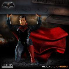 Batman v Superman: Dawn of Justice Superman 1:12 Collective Action Figure